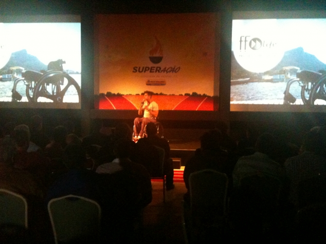 Palestra para New Holland